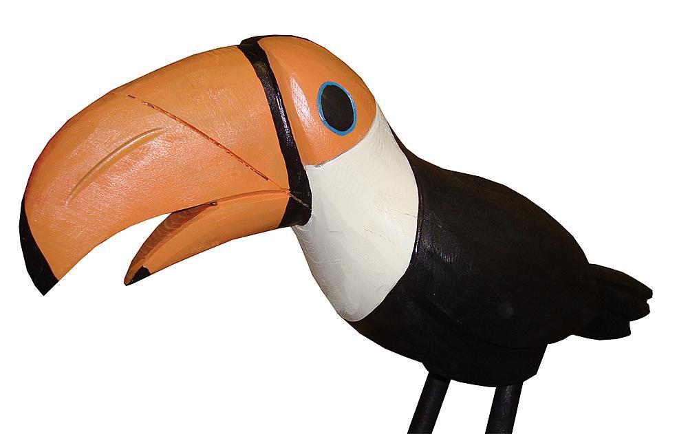 carved figure toucan Lotte