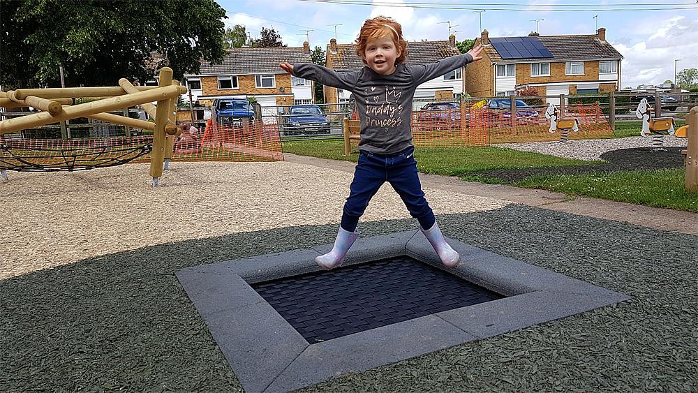 Floor trampoline Kids Tramp playground 150x150 cm