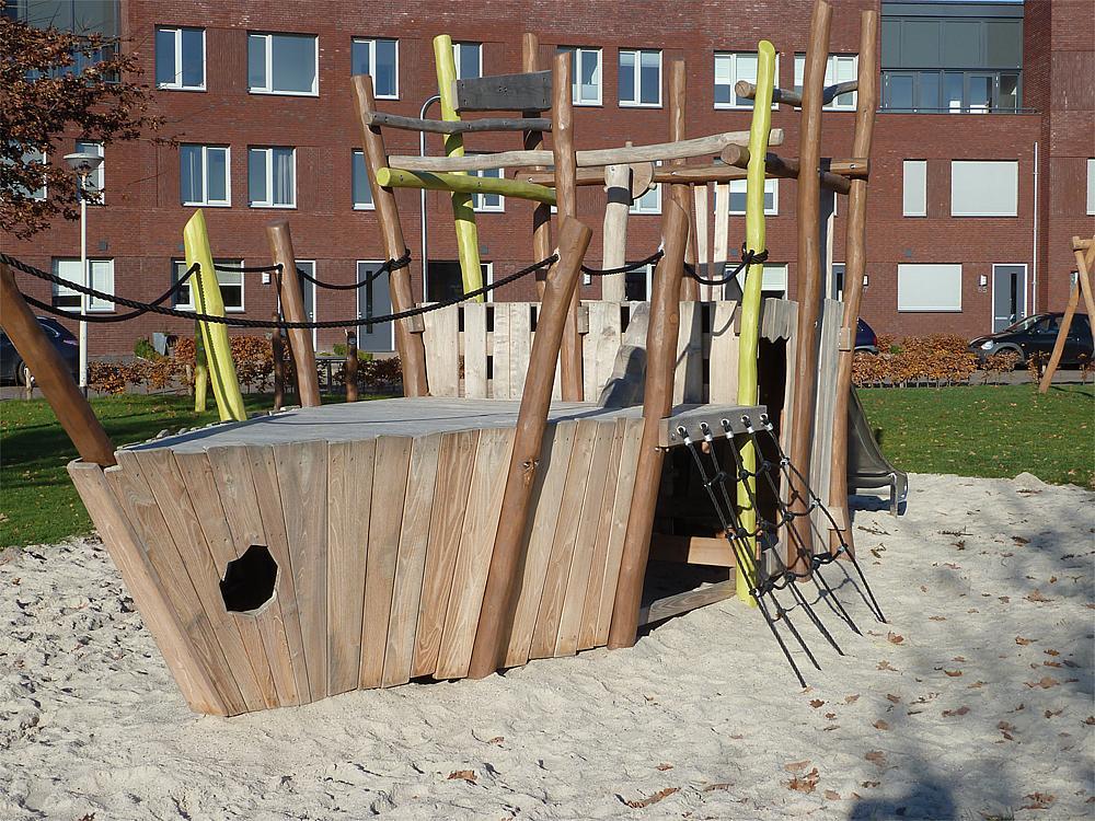 pirate ship Jago, solo
