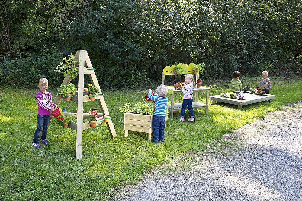 planting platform Galium