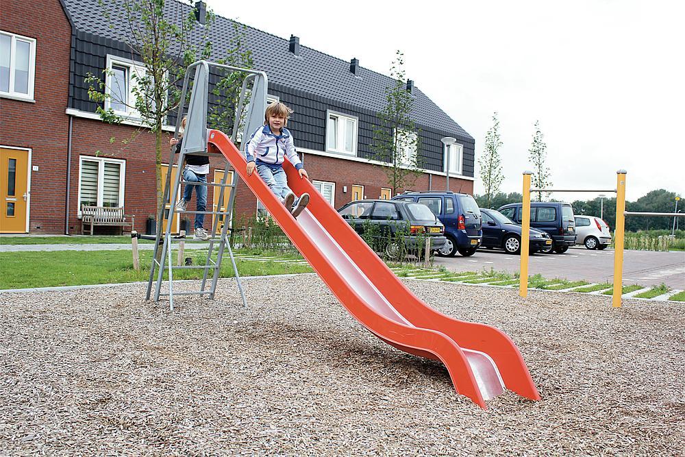 Slide with ladder GFRP & SSt coat, ph 145 cm