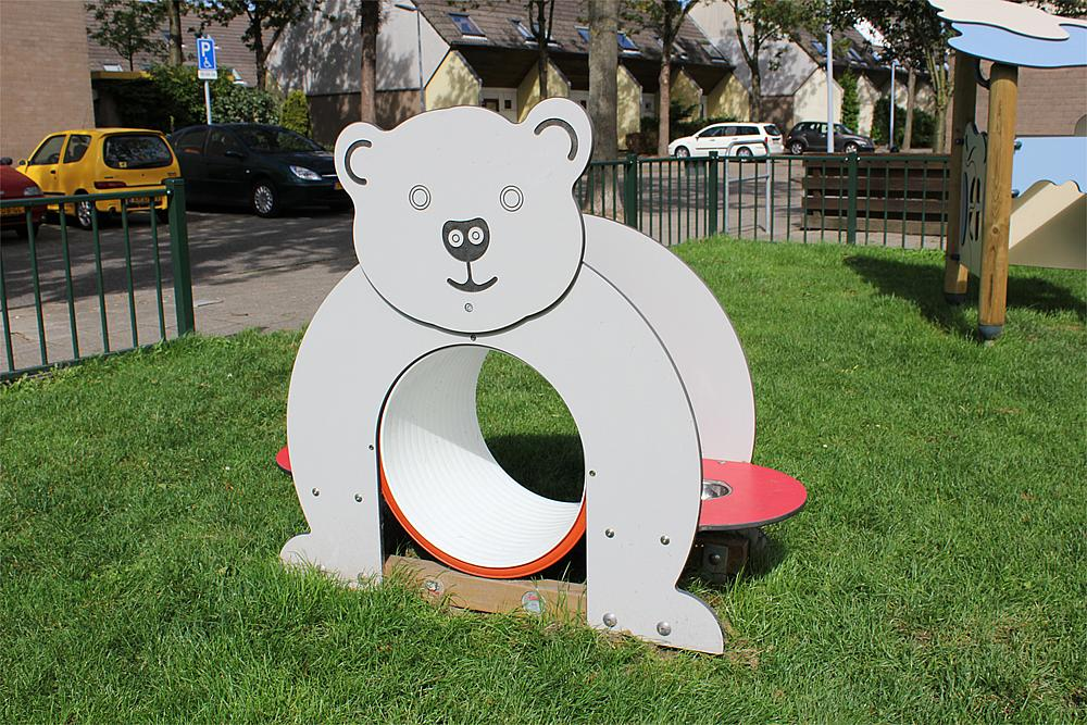 play unit Bear Tunnel
