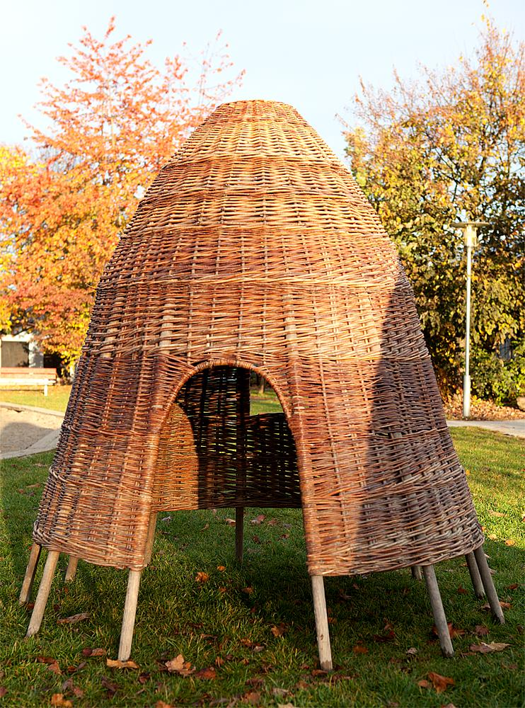 Wicker hut 140