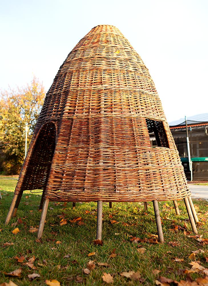 Wicker hut 160