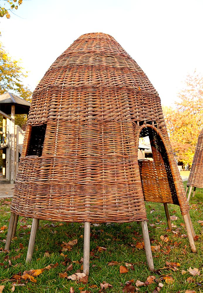 Wicker hut 150